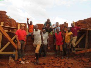 Unser Team während der Maurerarbeiten